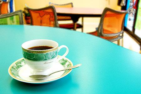 オフィスコーヒー・・・でもカップは陶器