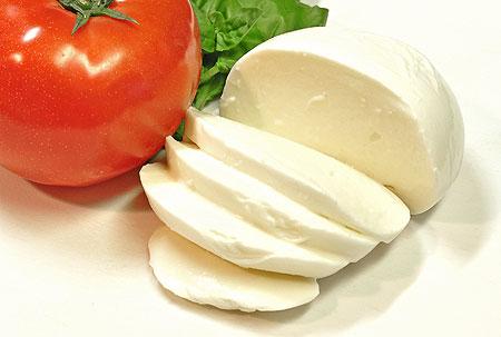 純生モッツァレラチーズ