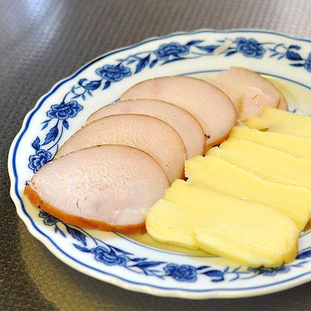 鶏ハムとスモークチーズ