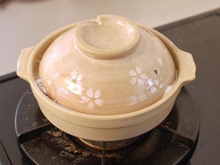 小さい土鍋